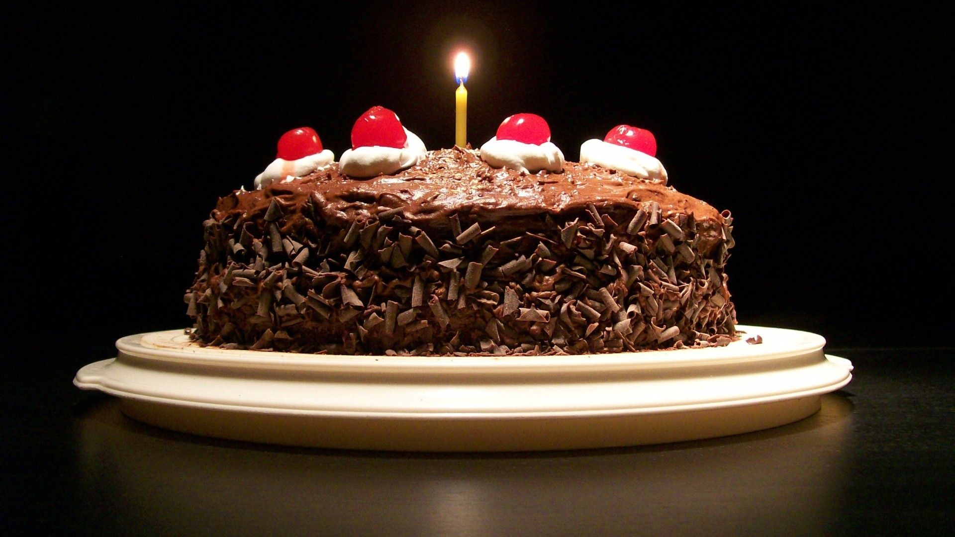 Birthday Cake Cool Wallpaper