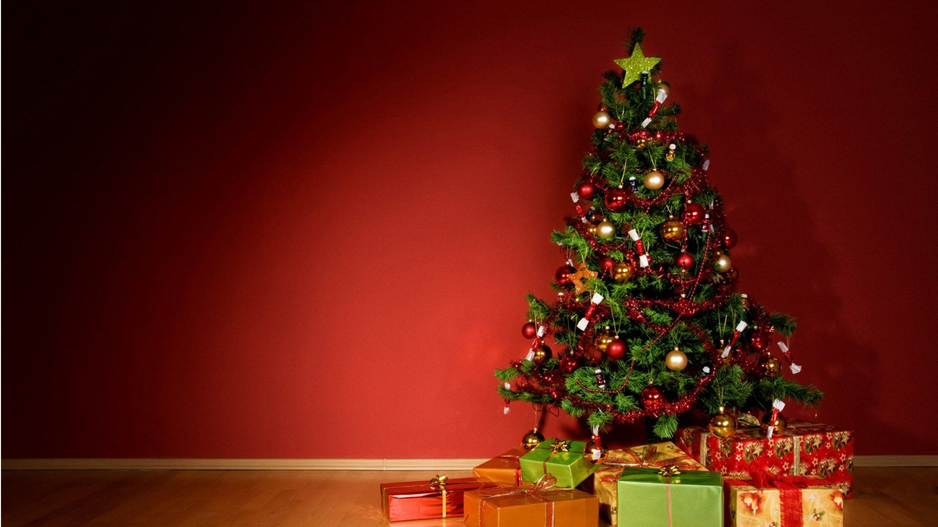 Christmas Tree download nice wallpaper