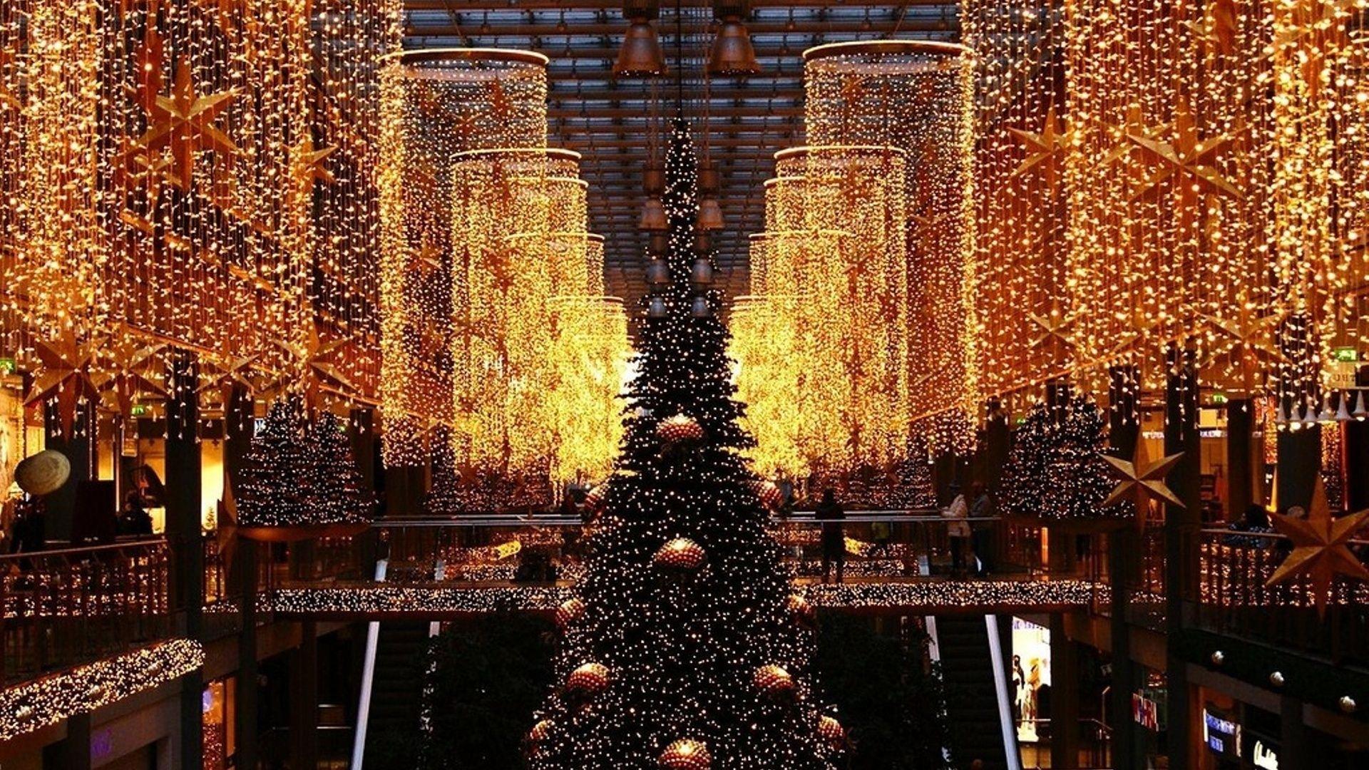 Christmas Tree HD 1080 wallpaper