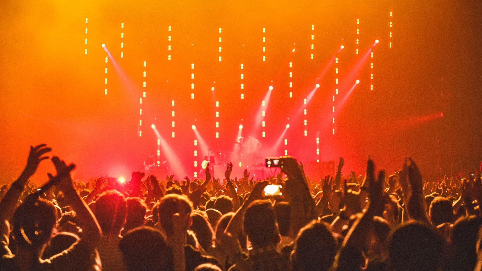 Concert desktop wallpaper