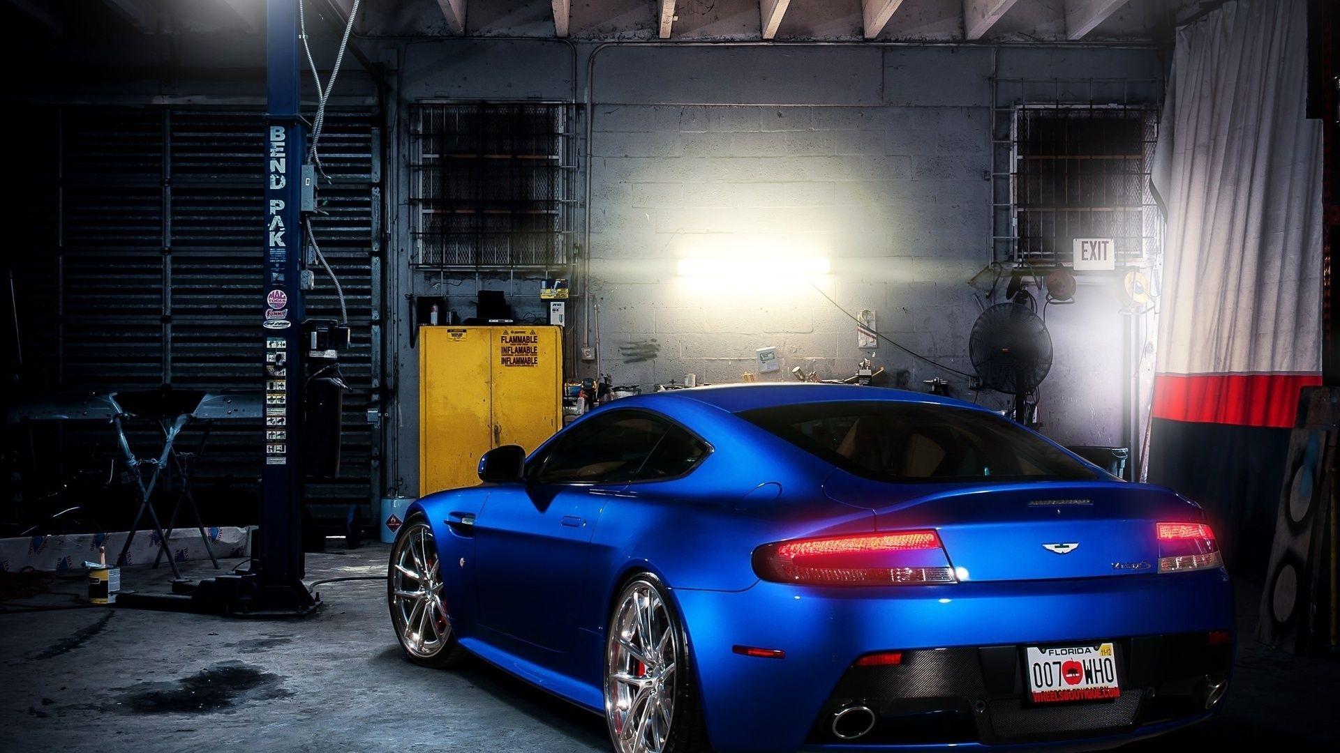 Garage full hd 1080p wallpaper