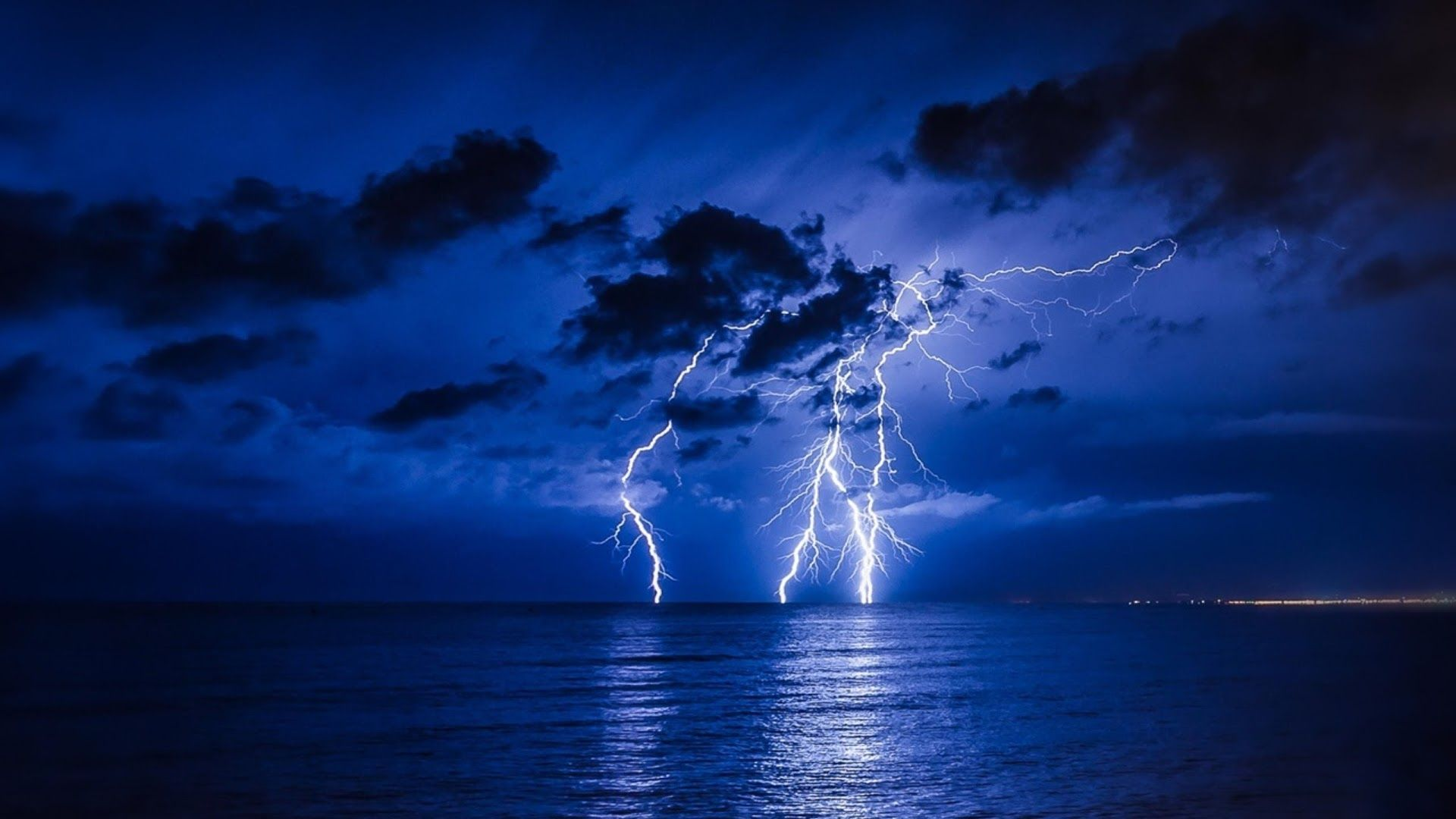 Lightning Bolt download free wallpapers for pc in hd