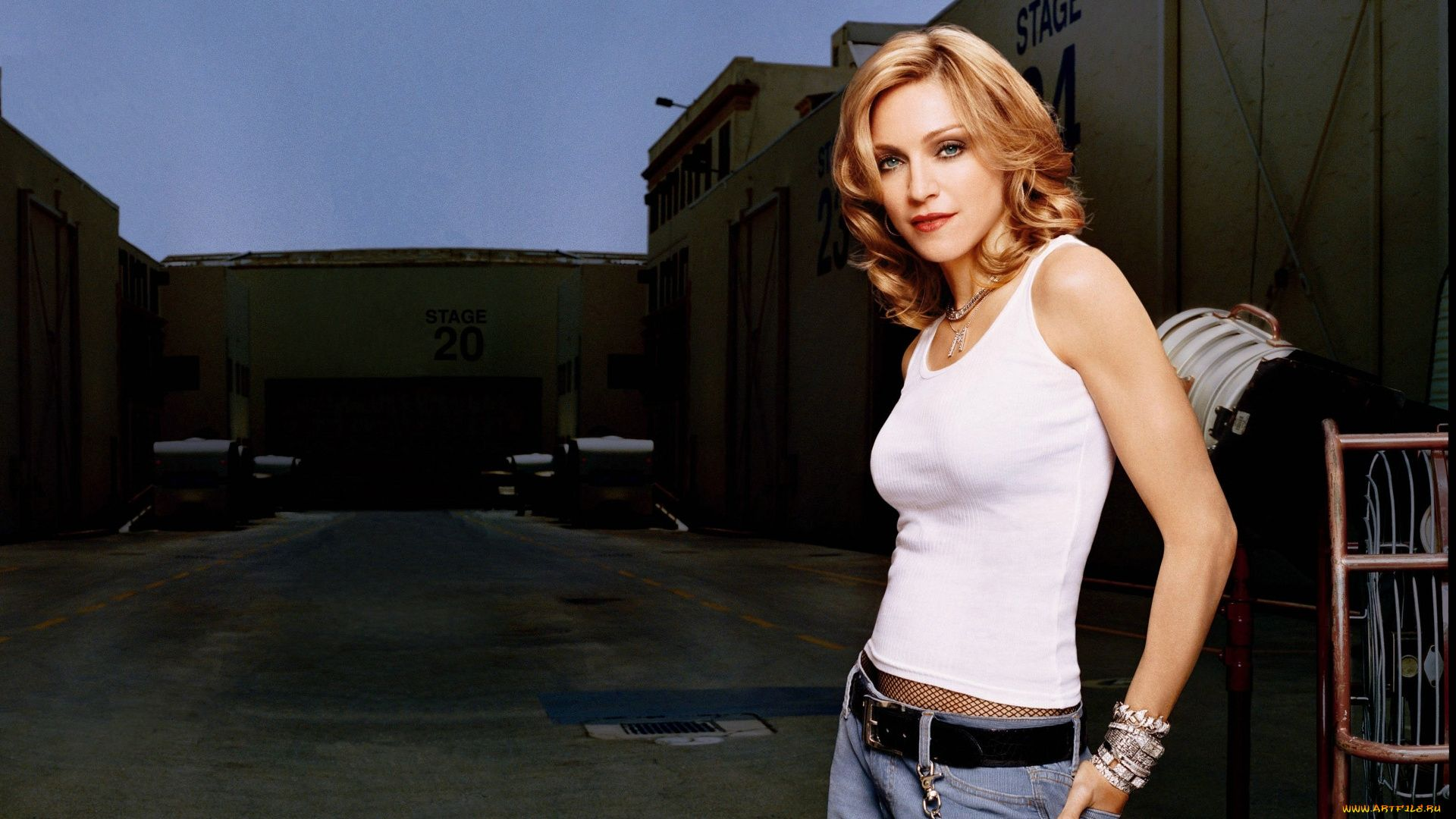 Madonna 1080p Wallpaper