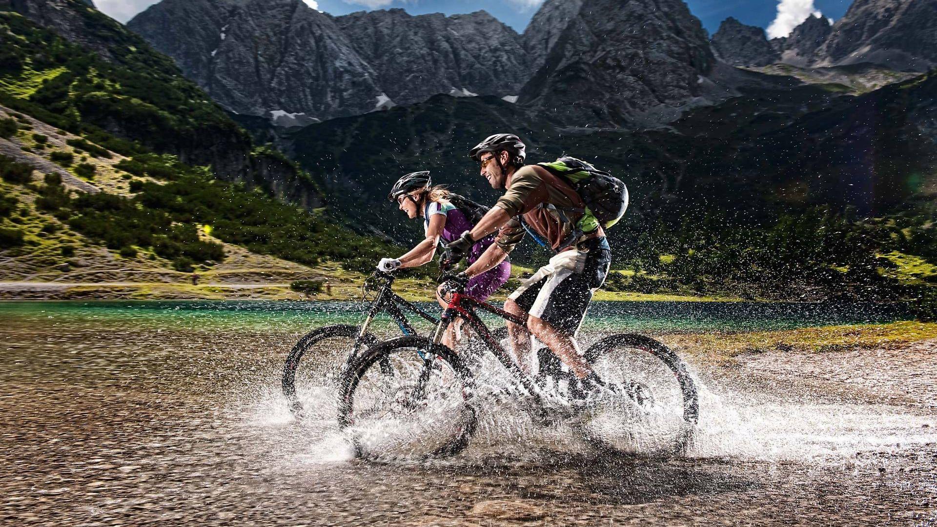 Mountain Bike full screen hd wallpaper