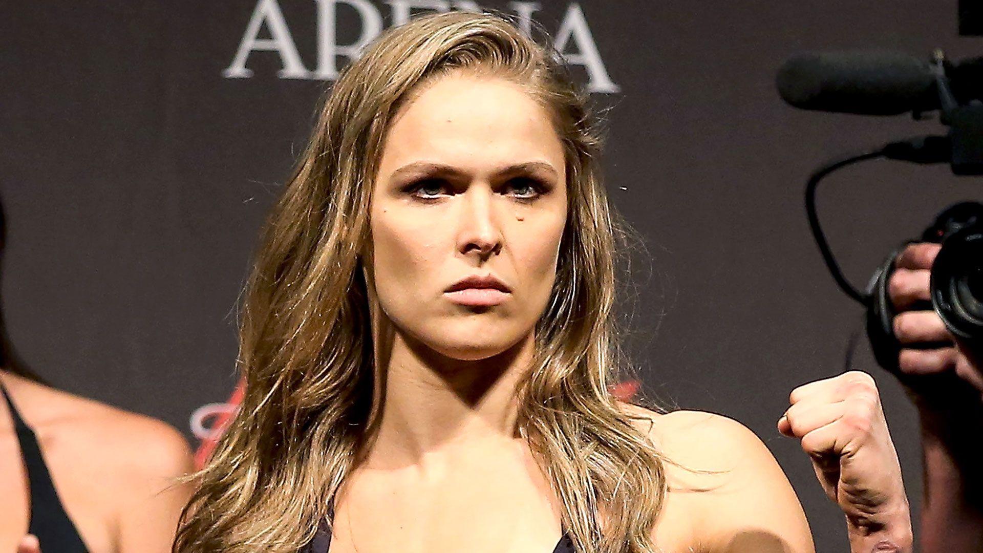 Ronda Rousey wallpaper theme