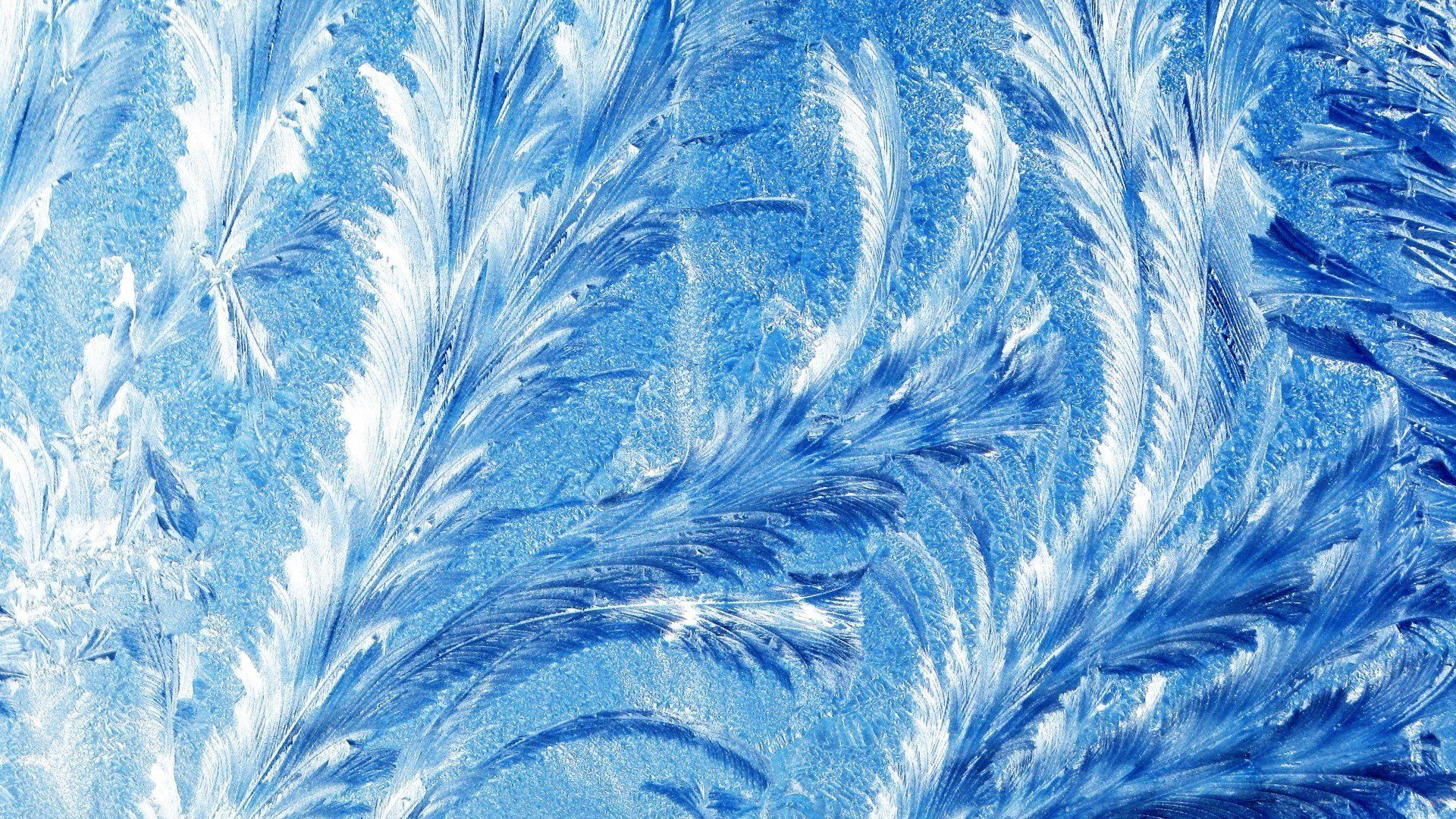 Winter Patterns On The Window Wallpaper Theme