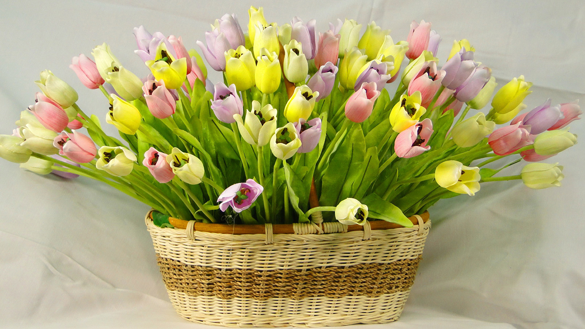 Basket With Flowers background image