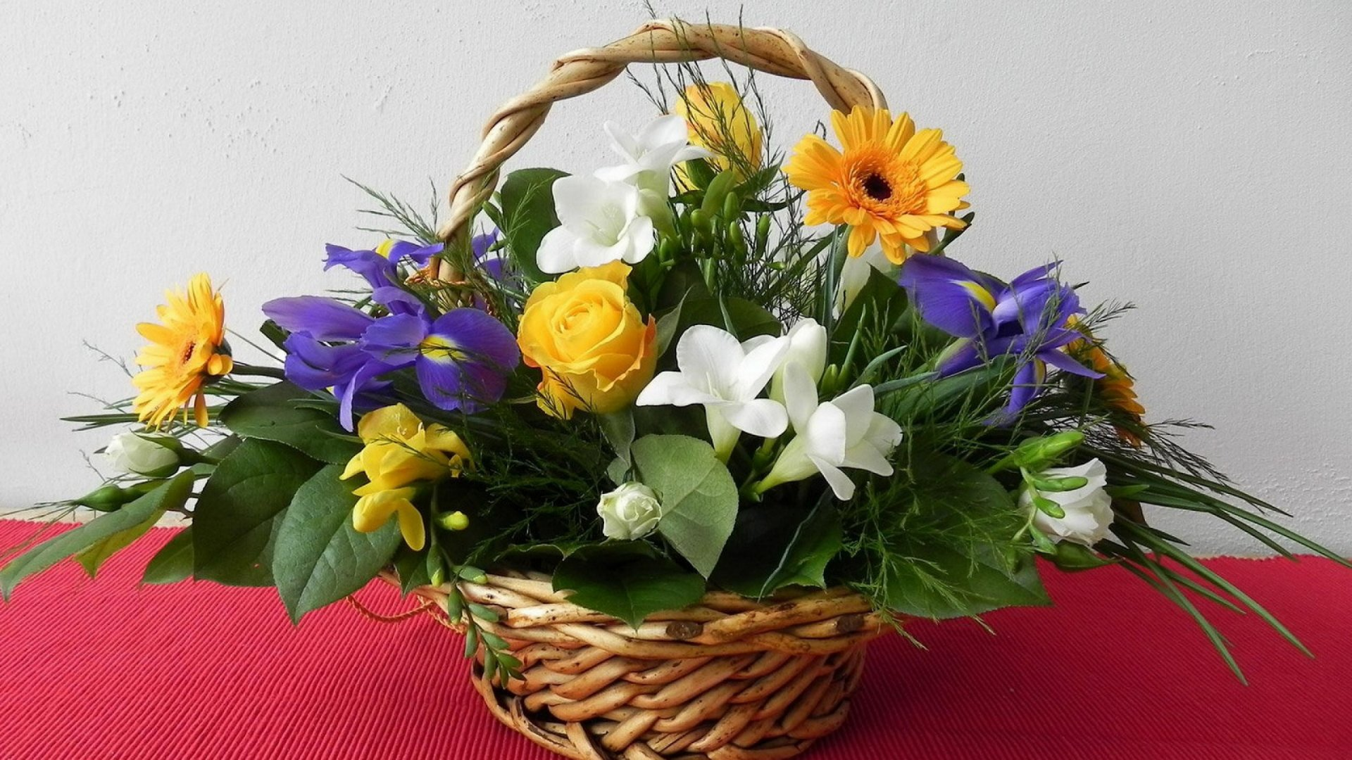 Basket With Flowers wallpaper image