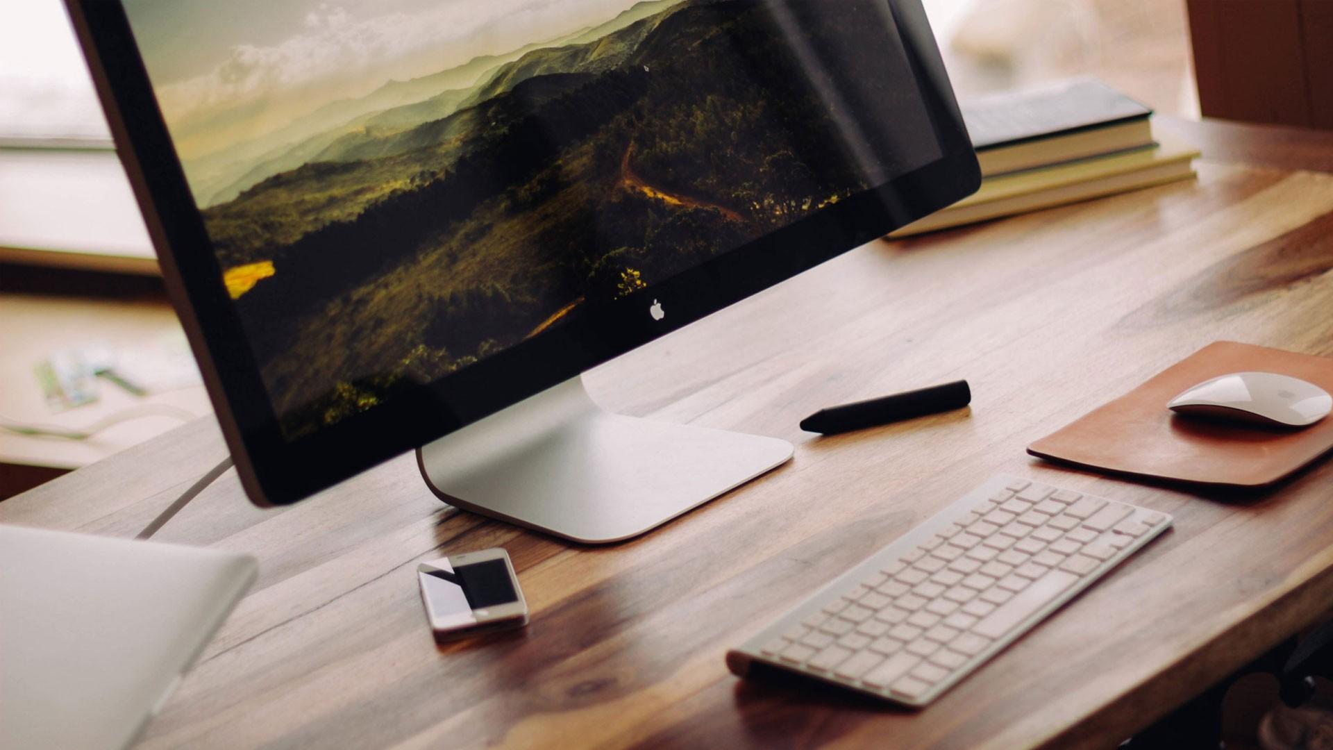 Minimalism Art Notebook Desktop Wallpaper