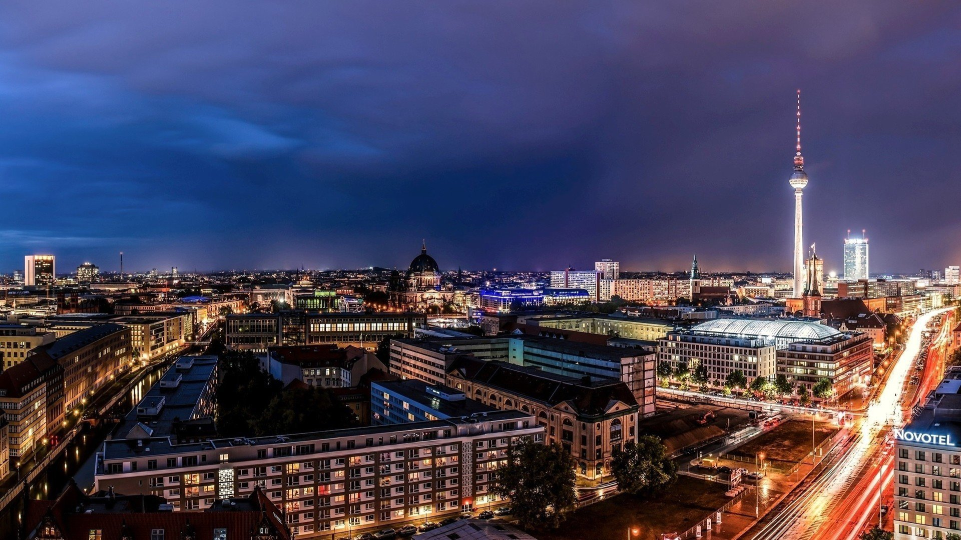 Berlin 1080p Wallpaper
