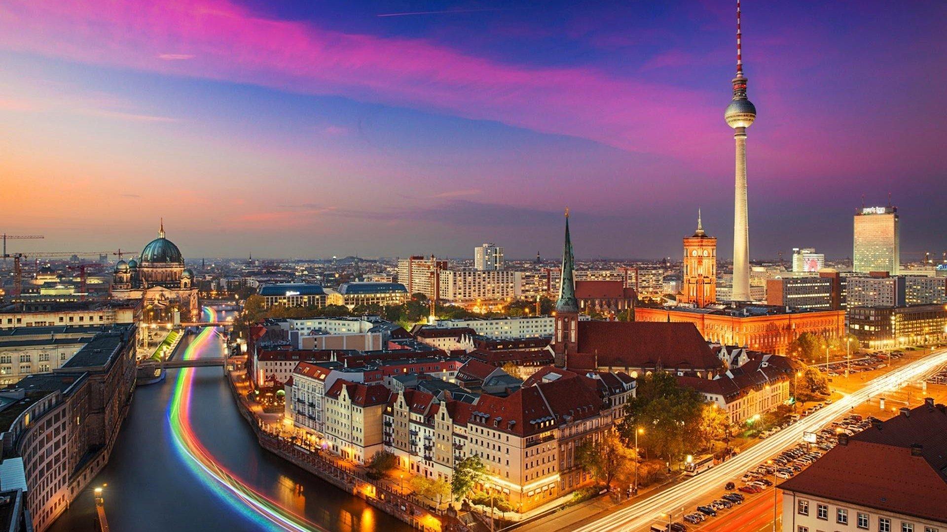 Berlin wallpaper download