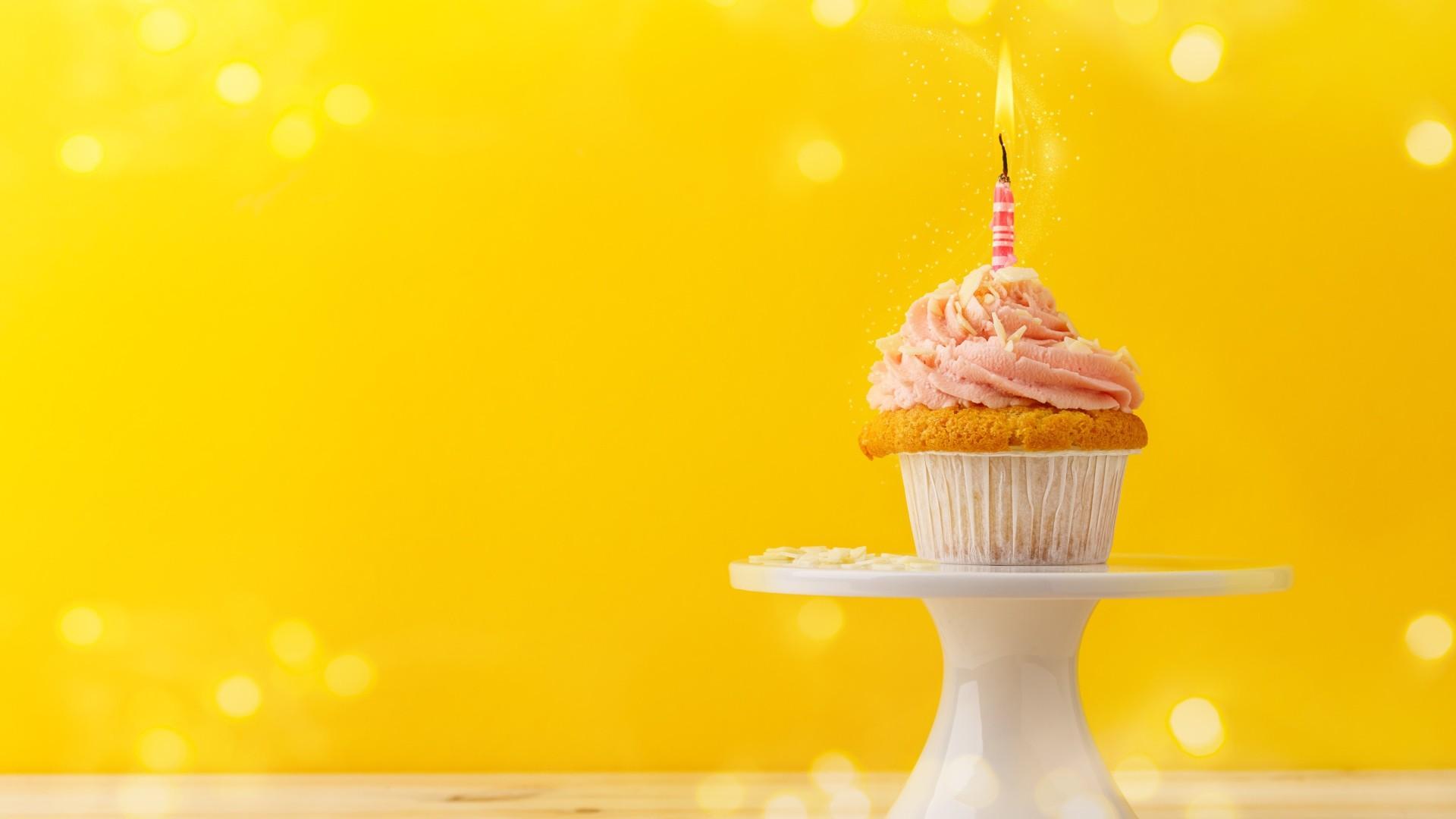 Birthday Cake desktop background free