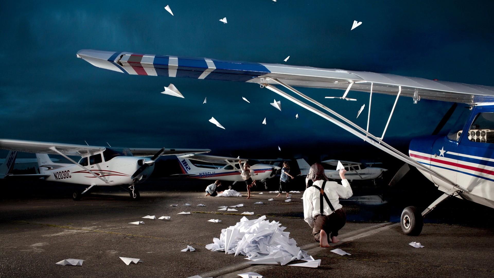 Paper Airplane laptop background wallpaper