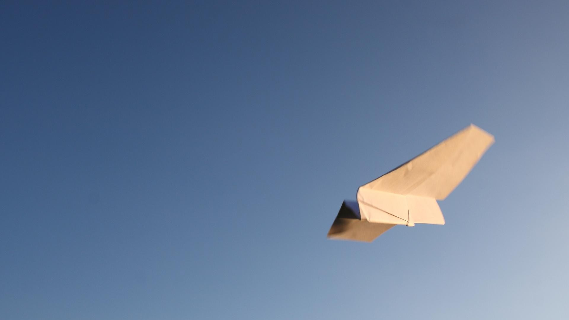 Paper Airplane hd picture