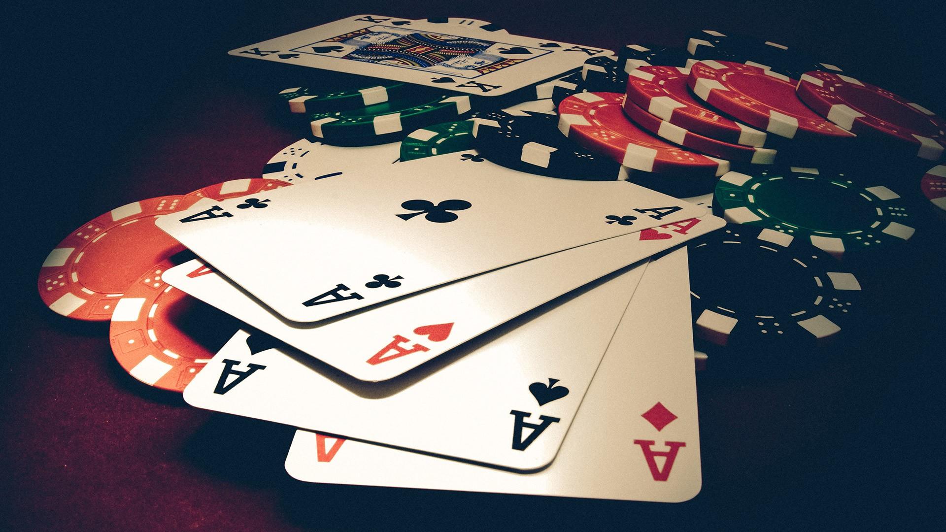 Poker Wallpapers 20 Images Wallpaperboat