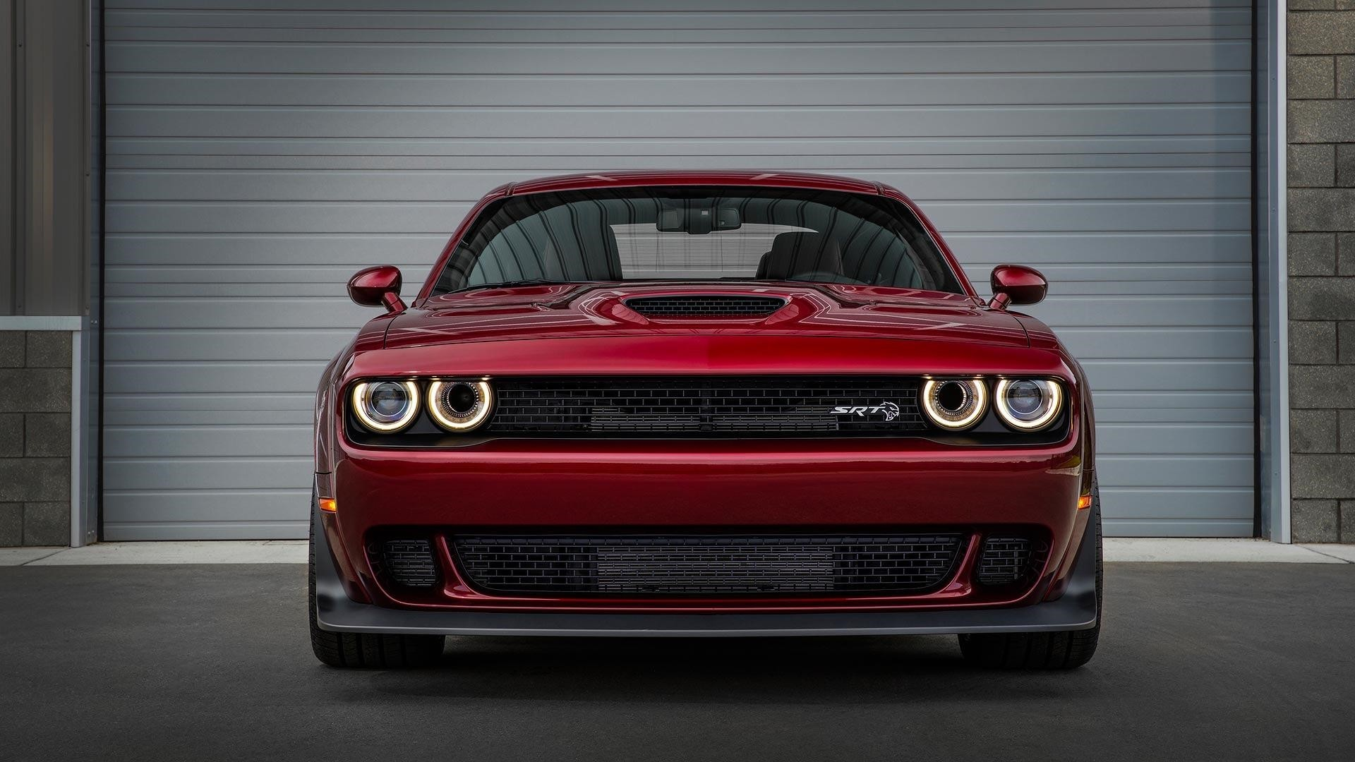 Dodge Challenger Srt Hellcat Wallpaper Free