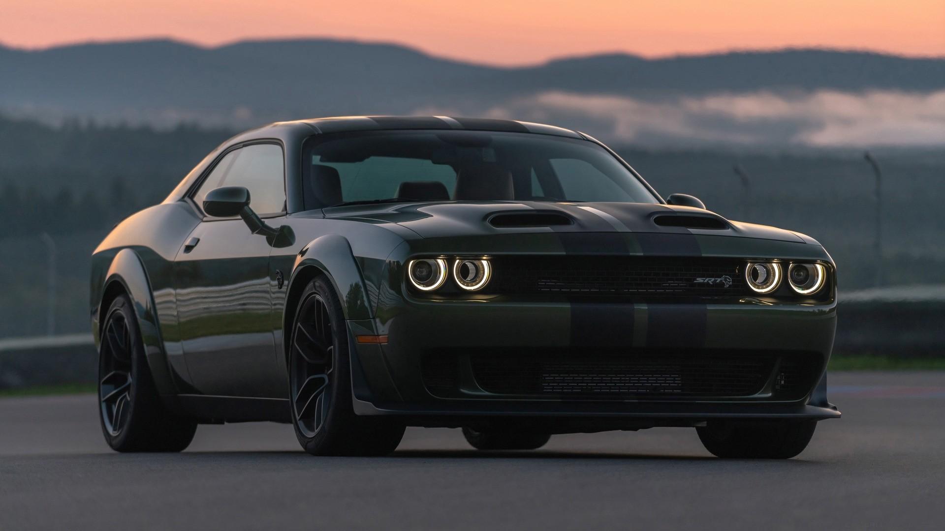 Dodge Challenger Srt Hellcat Wallpaper Pic