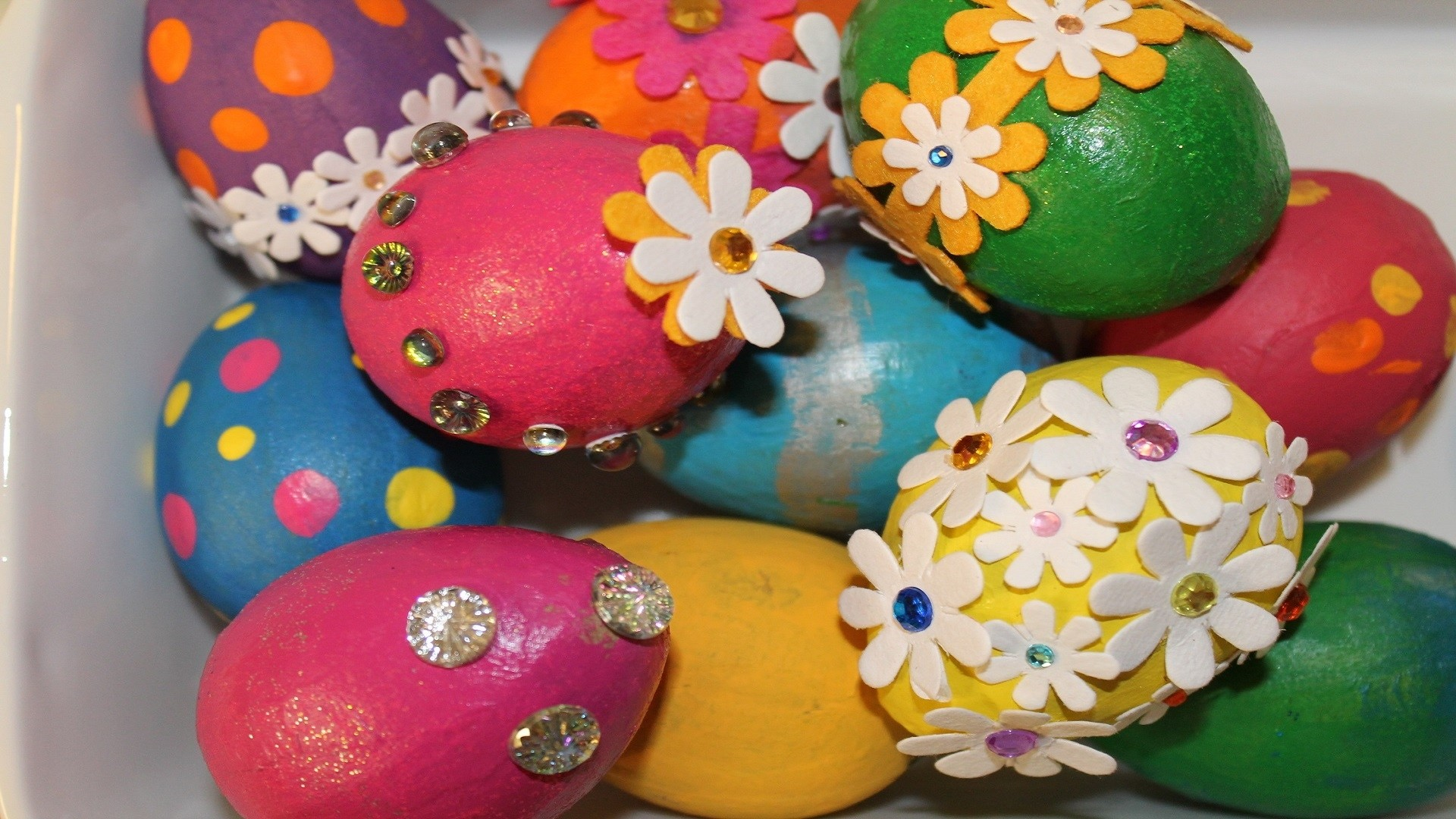Easter Egg Decoration Desktop