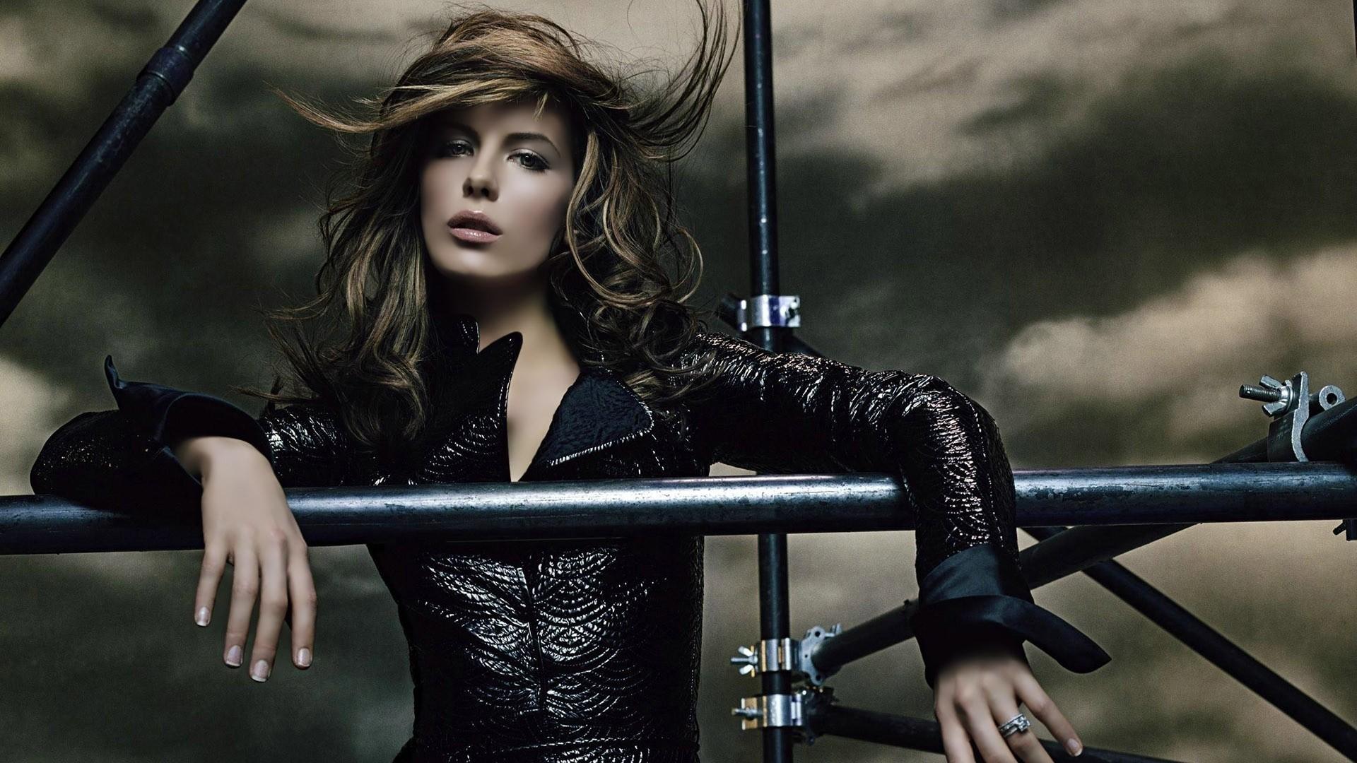 Kate Beckinsale Wallpaper Download