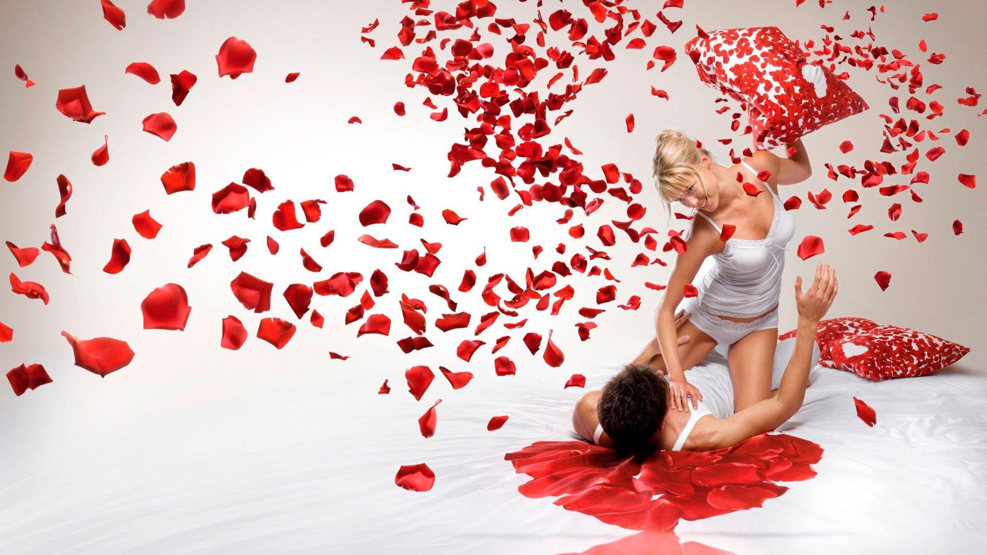 Romantic Love Wallpaper Free
