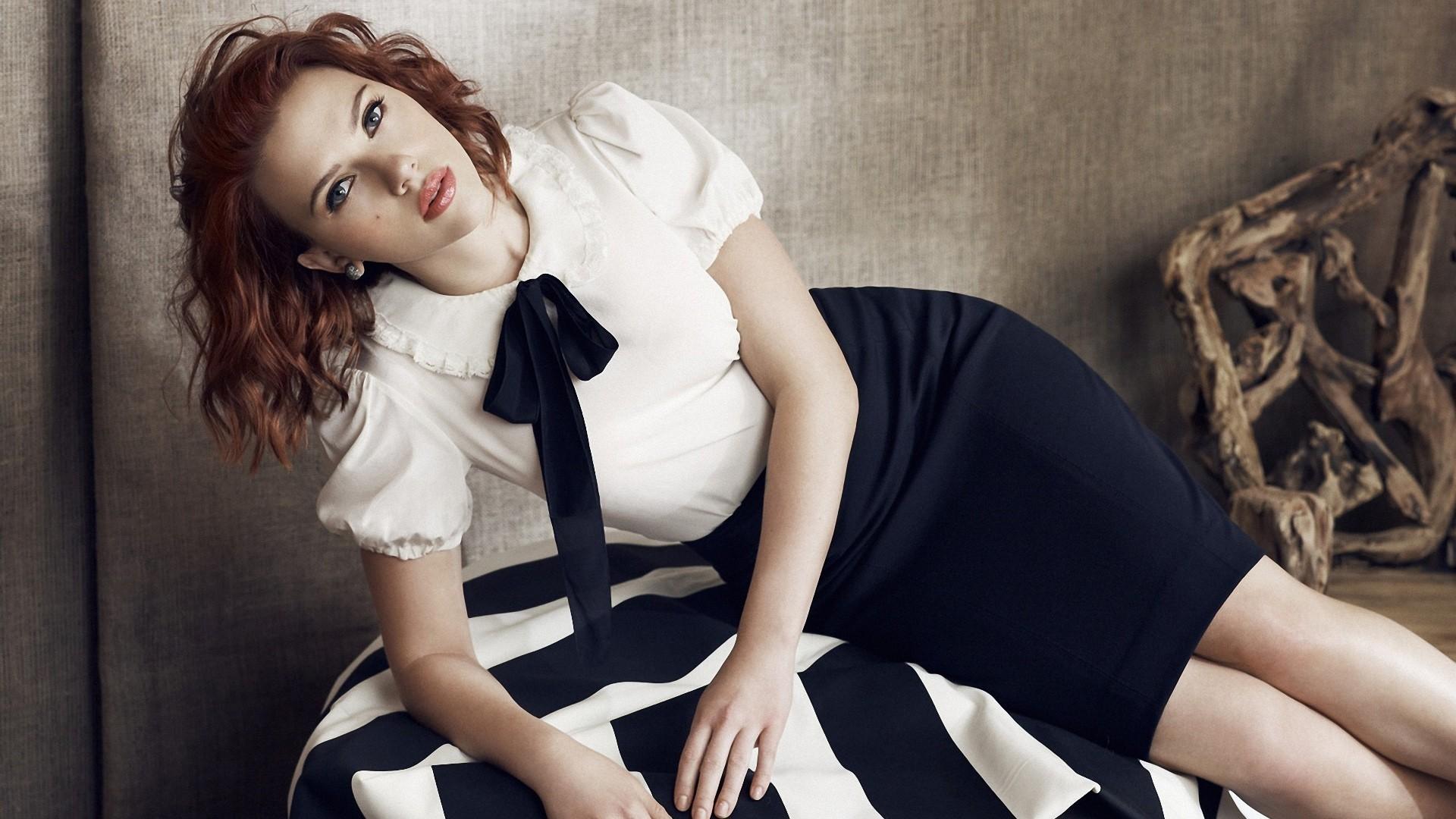 Scarlett Johansson Download Wallpaper