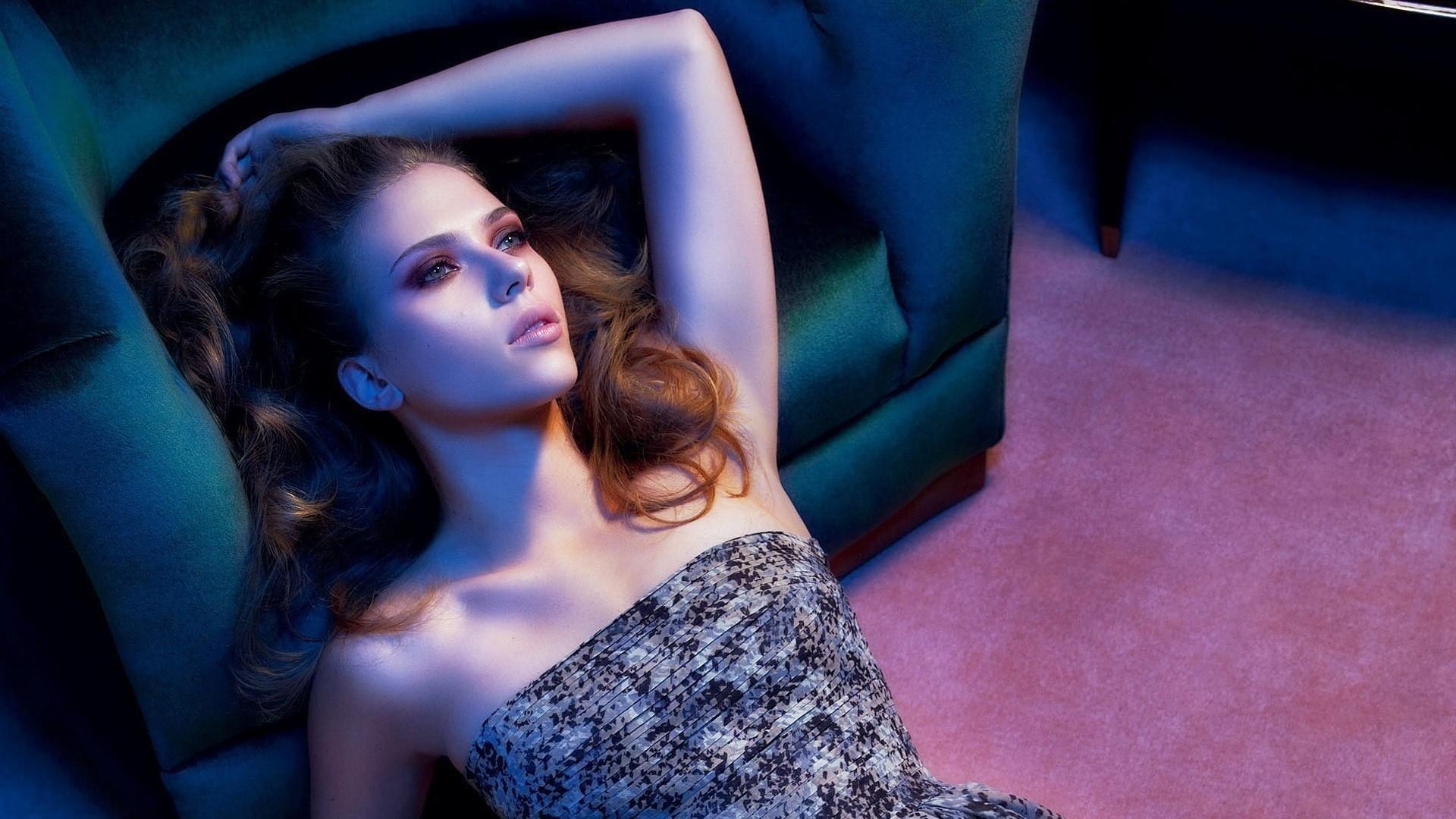 Scarlett Johansson a Wallpaper