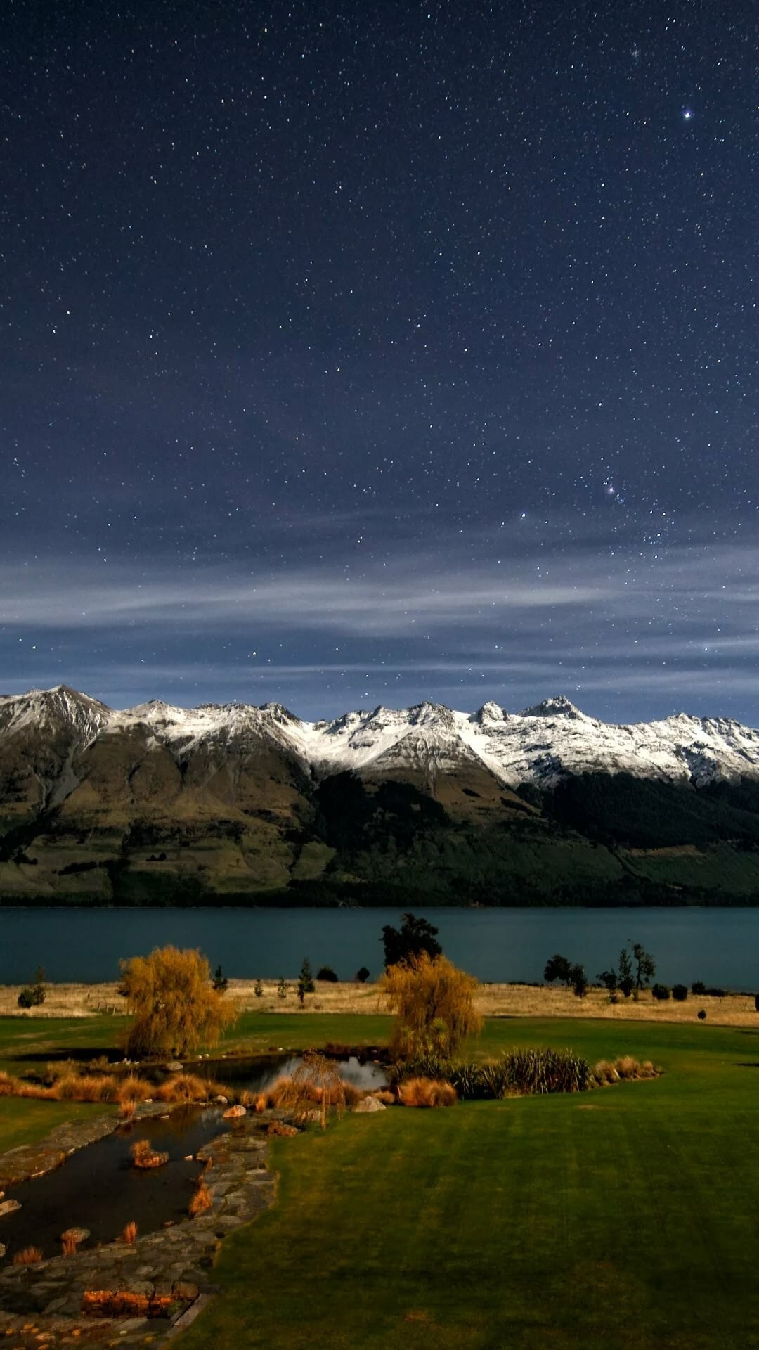 Landscape iPhone 5 wallpaper