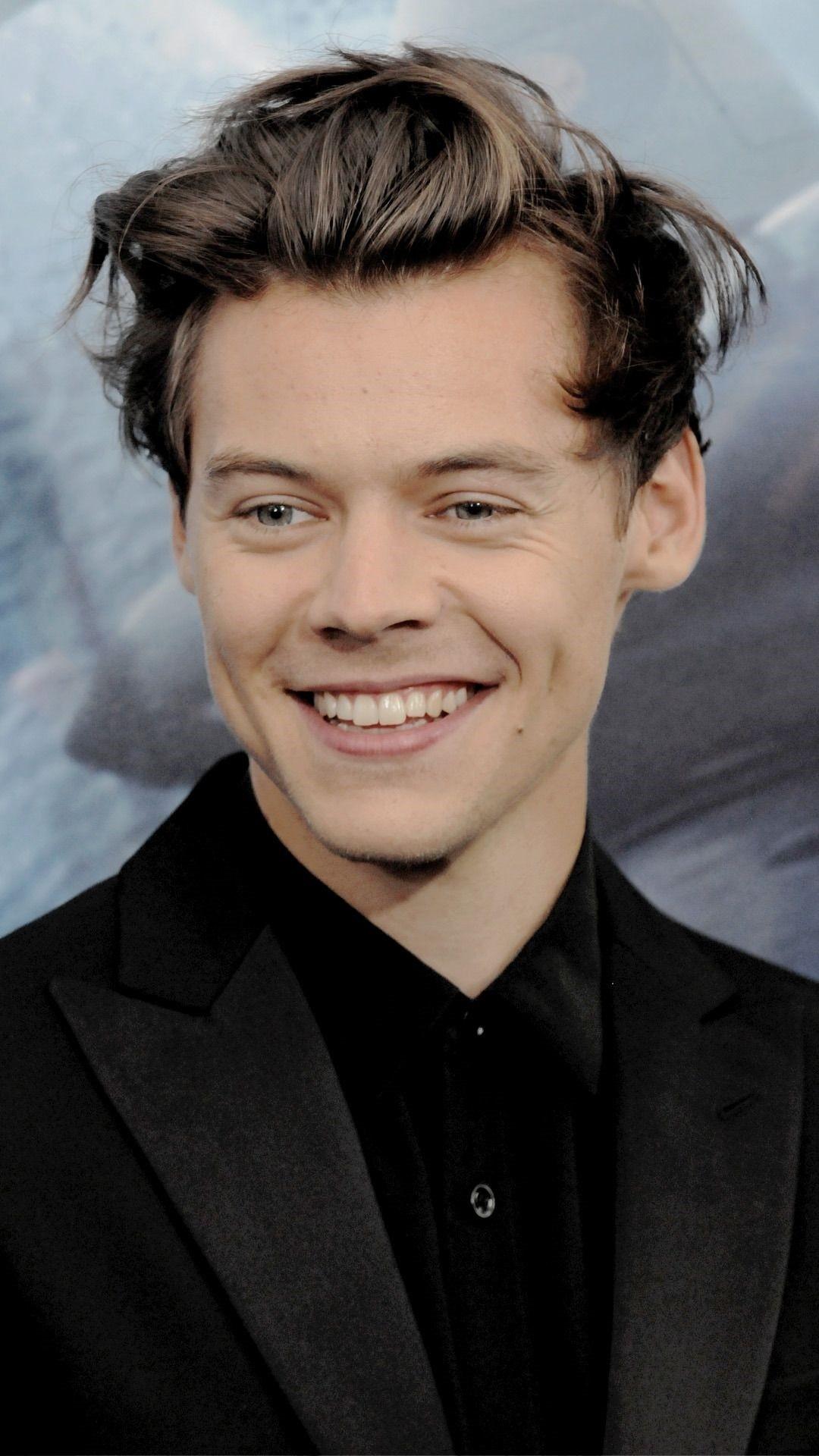 Harry Styles phone wallpaper