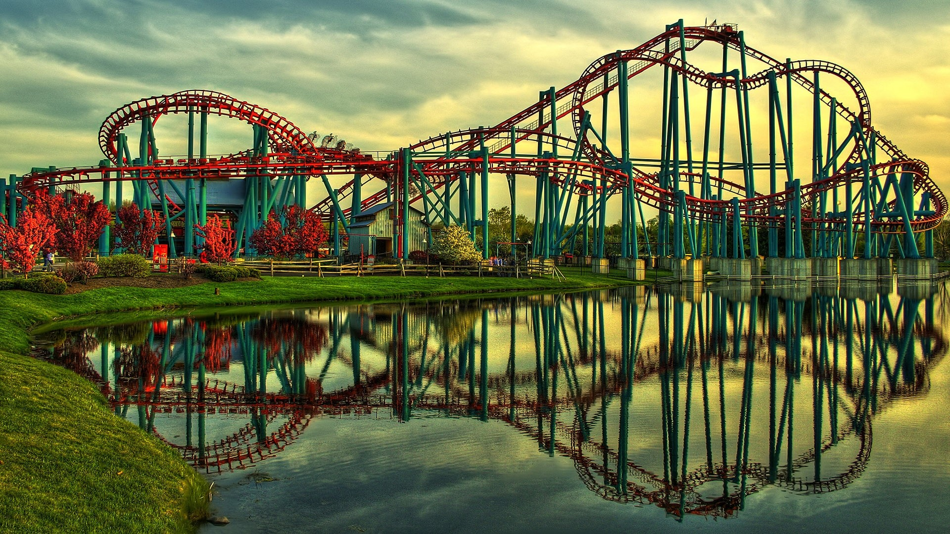 Roller Coaster free download wallpaper