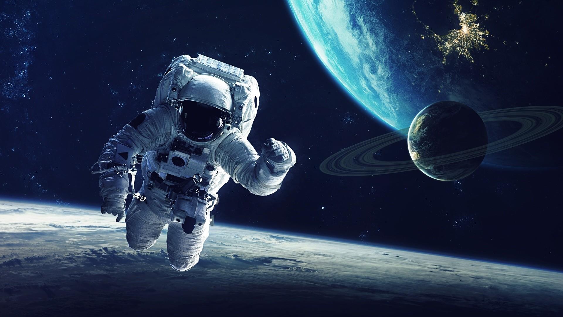 Astronaut Desktop Wallpaper