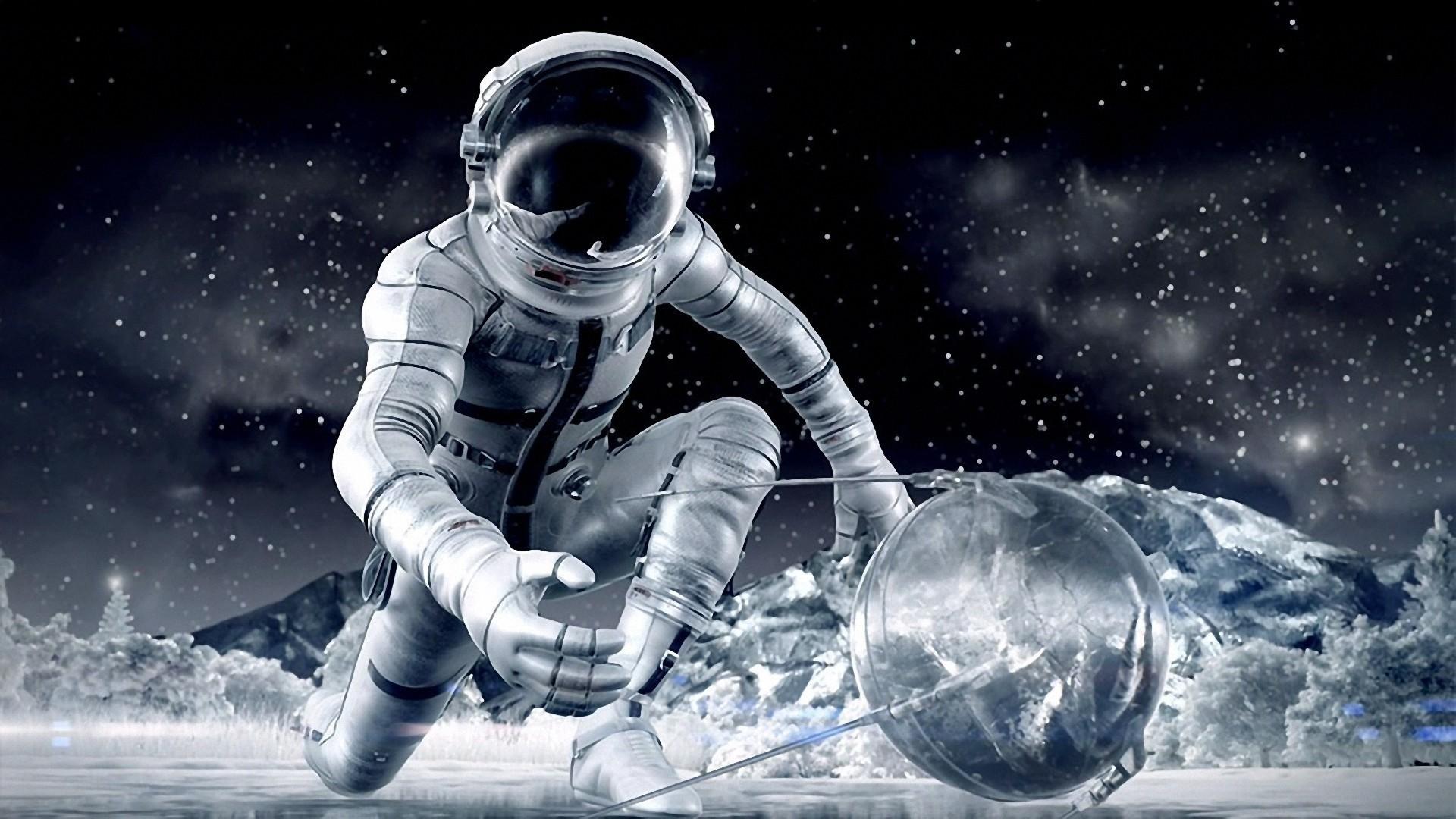 Astronaut PC Wallpaper HD