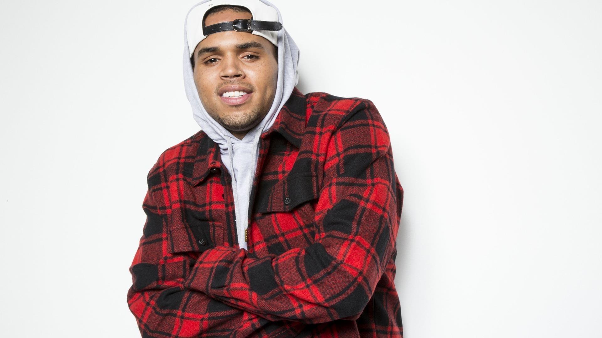 Chris Brown Download Wallpaper