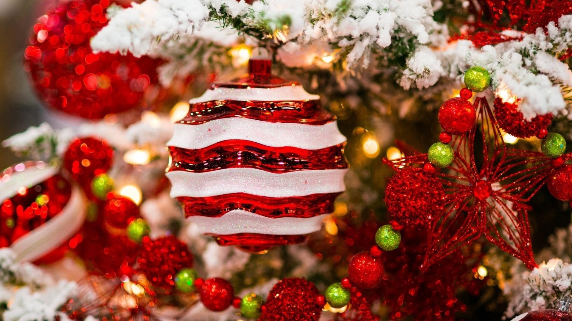 Christmas Tree Wallpaper for pc