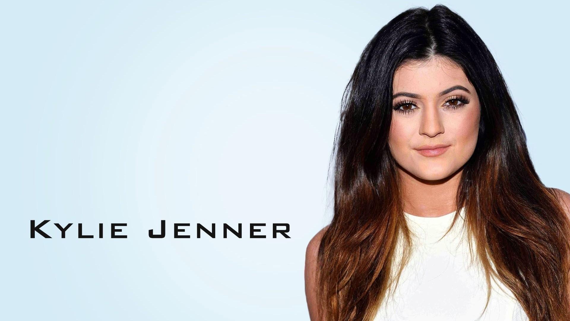 Kylie Jenner a wallpaper