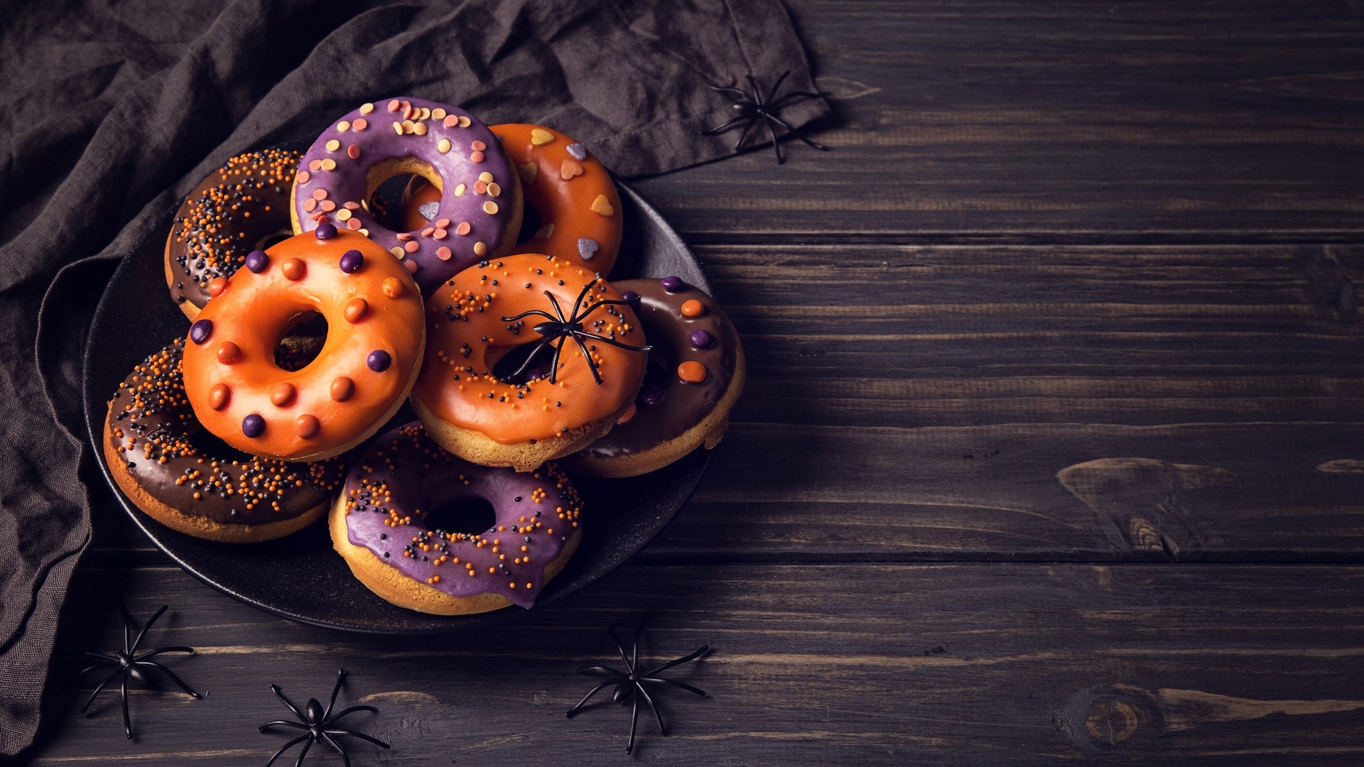 Donut Free Wallpaper