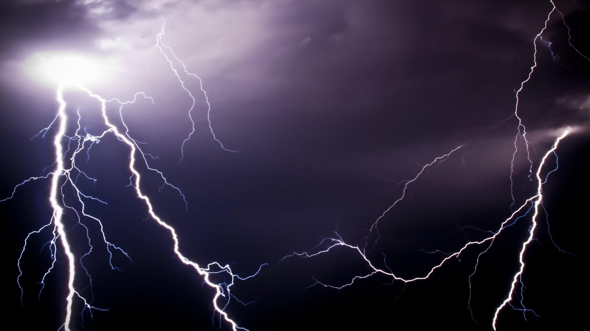 Lightning Wallpaper image hd