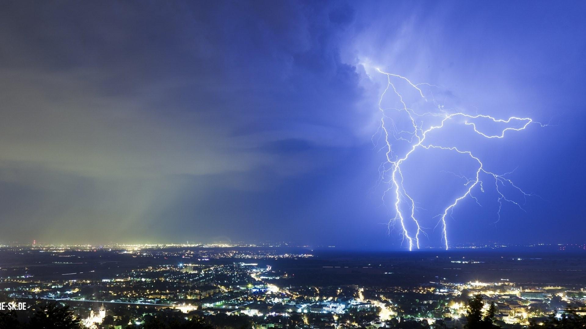 Lightning wallpaper photo hd