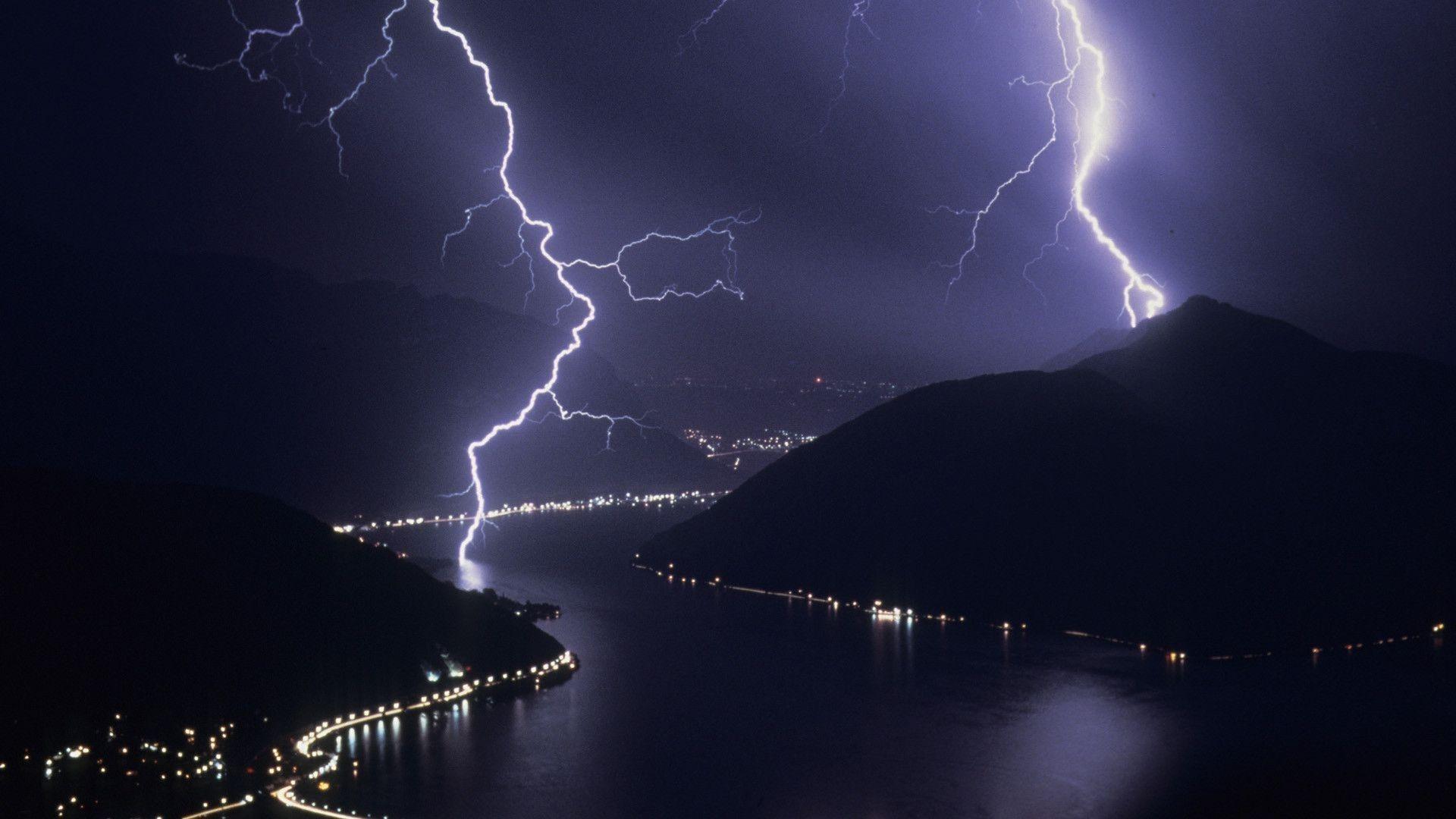 Lightning Pic