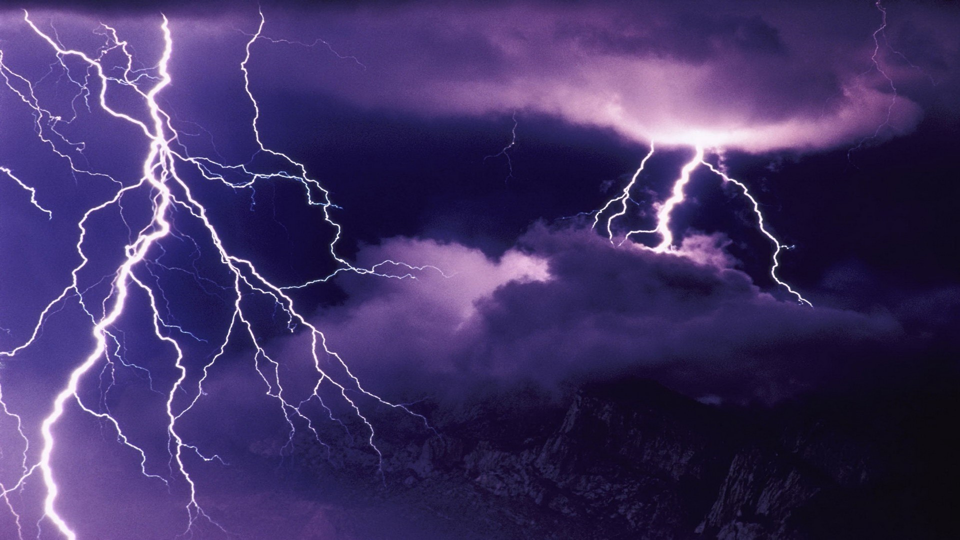 Lightning High Quality