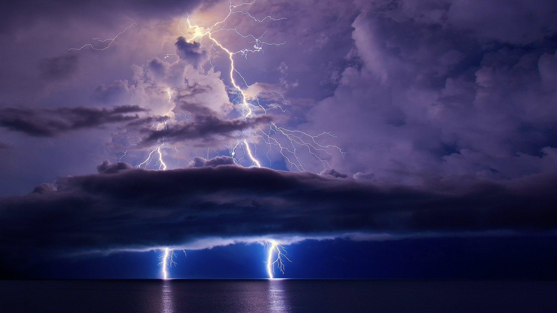 Lightning HD Wallpaper