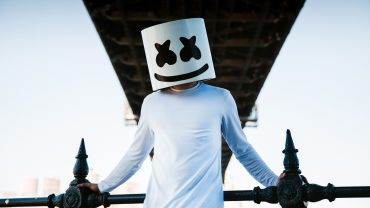 Marshmello Wallpaper theme
