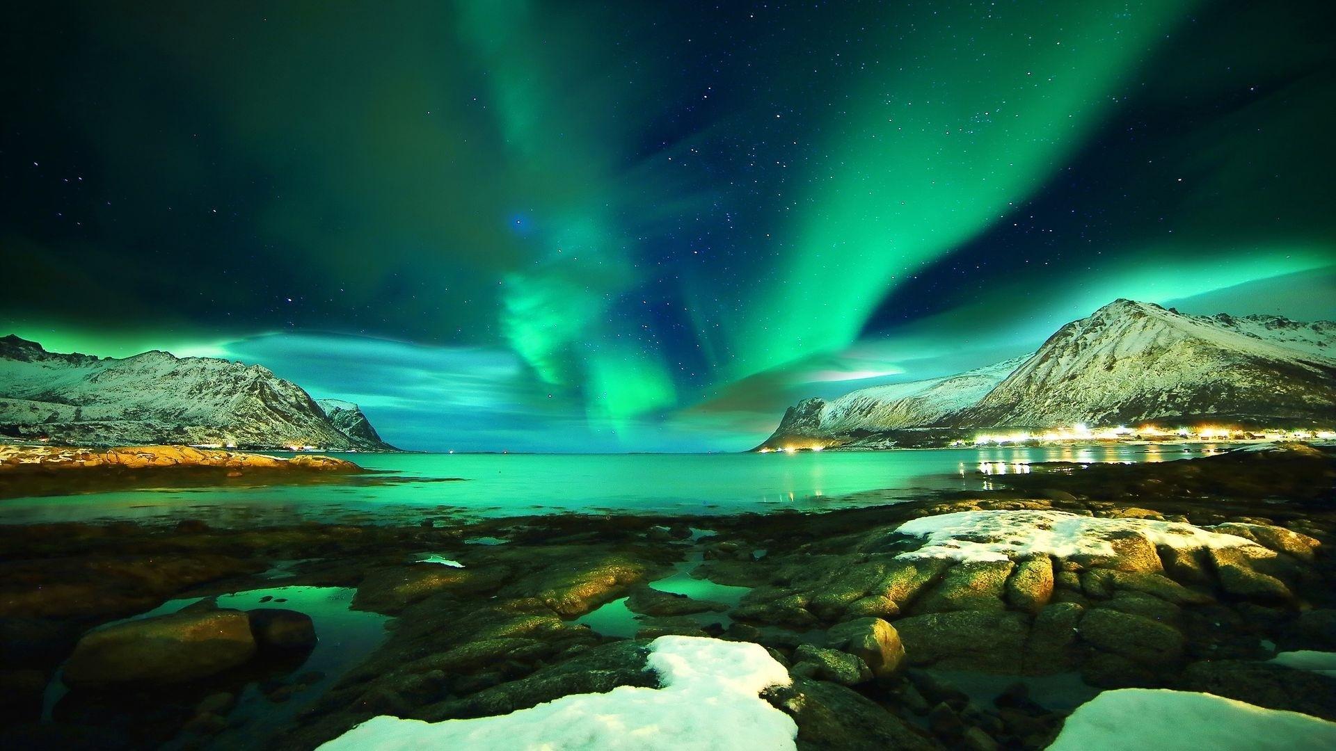 Northern Lights a wallpaper