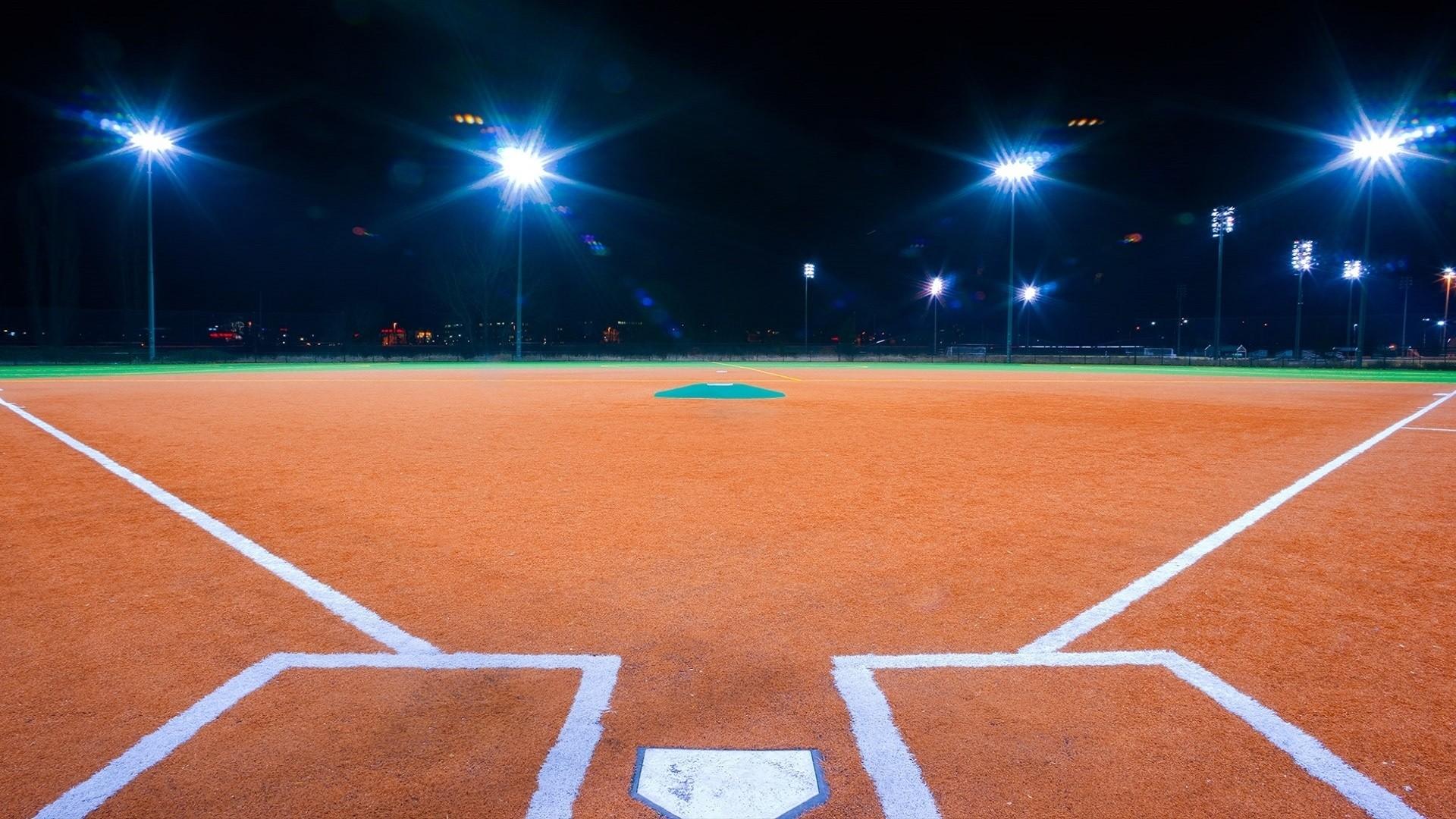 Softball Free Wallpaper