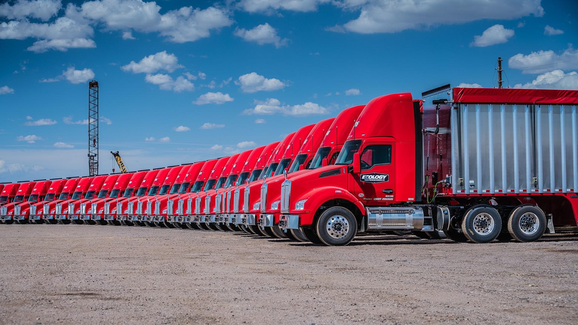 Truck HD Wallpaper