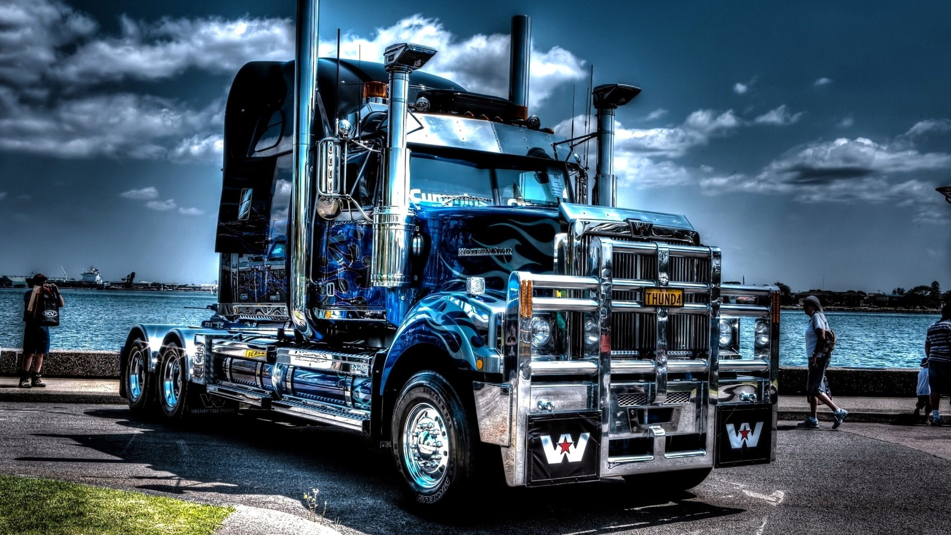 Truck Wallpaper theme