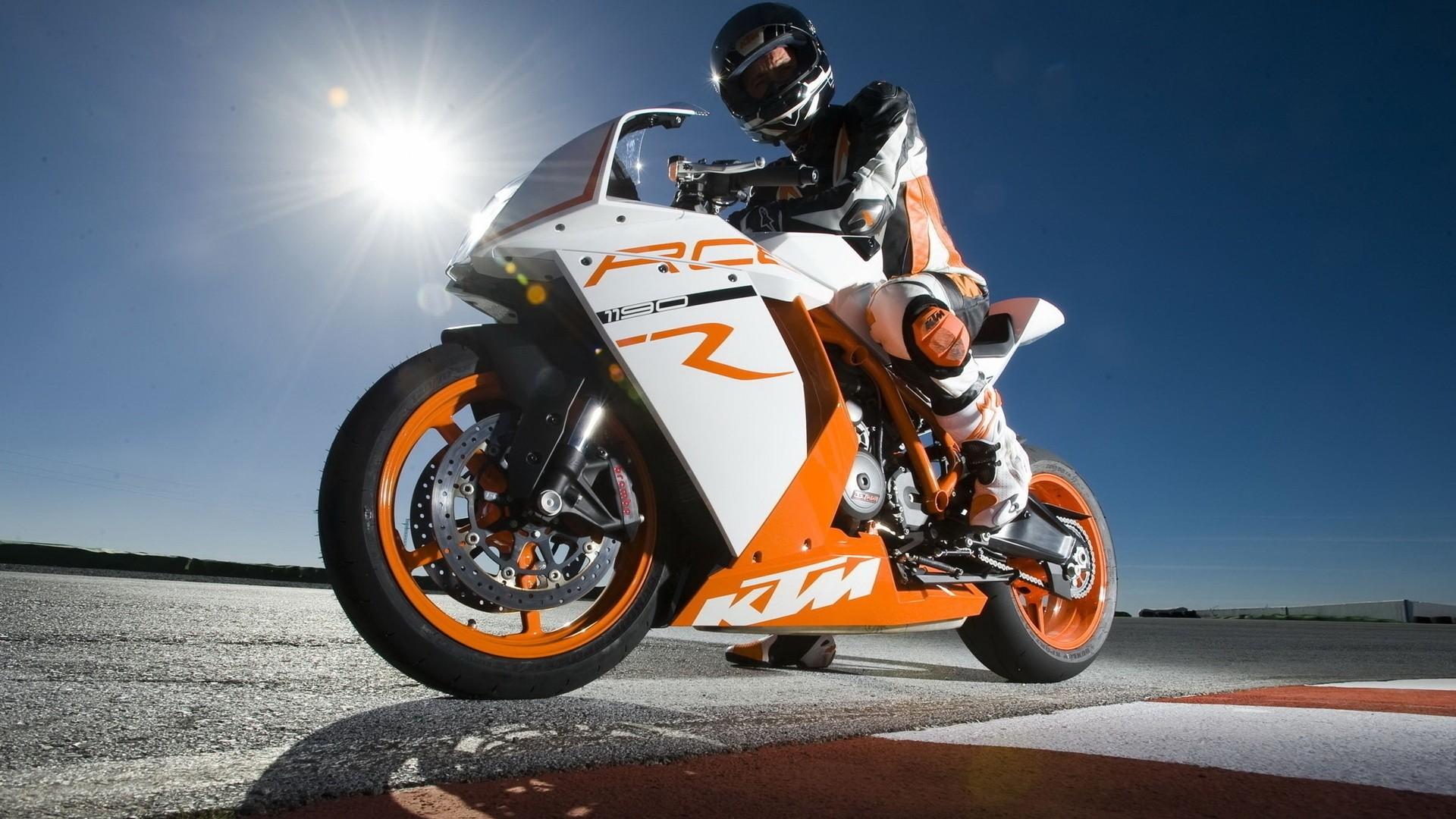 Motorcycle Full HD Wallpaper