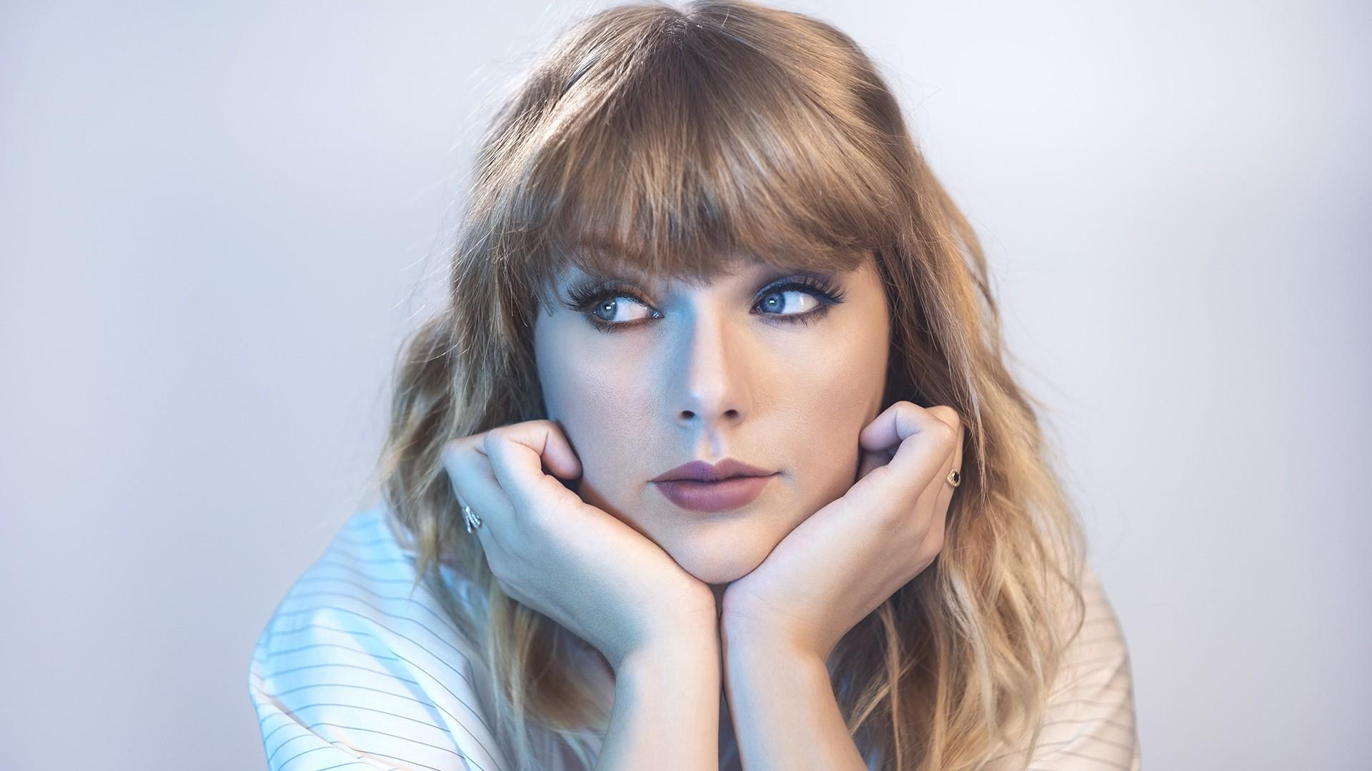 Taylor Swift PC Wallpaper