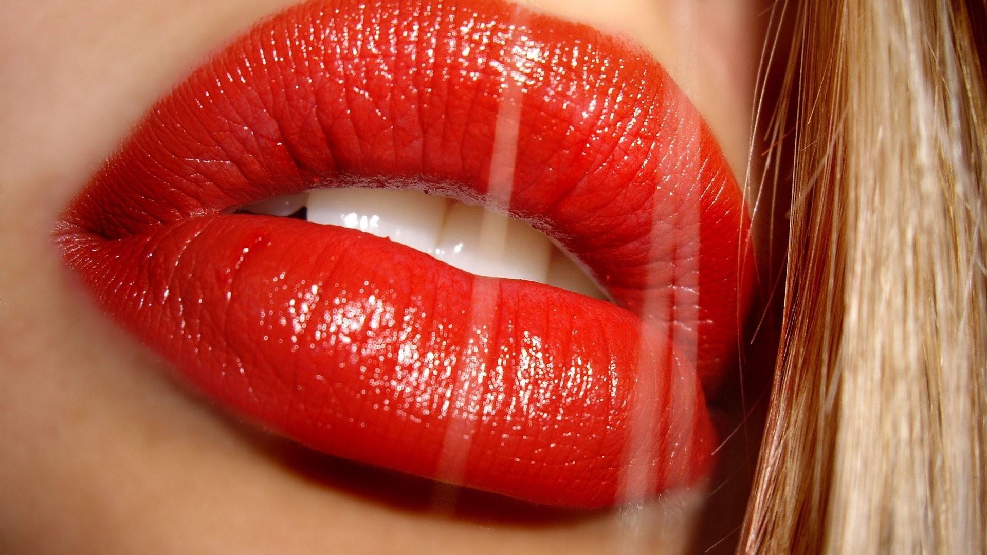Lips Download Wallpaper
