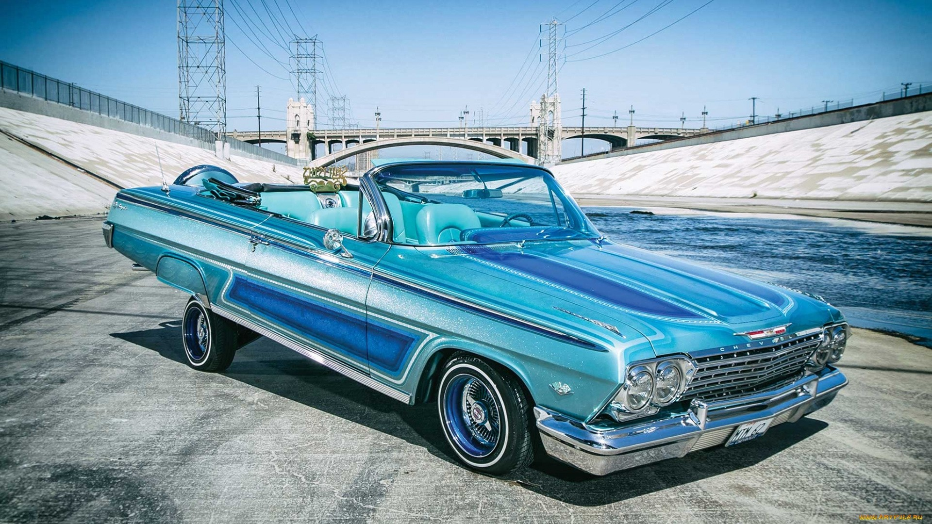 Lowrider Picture