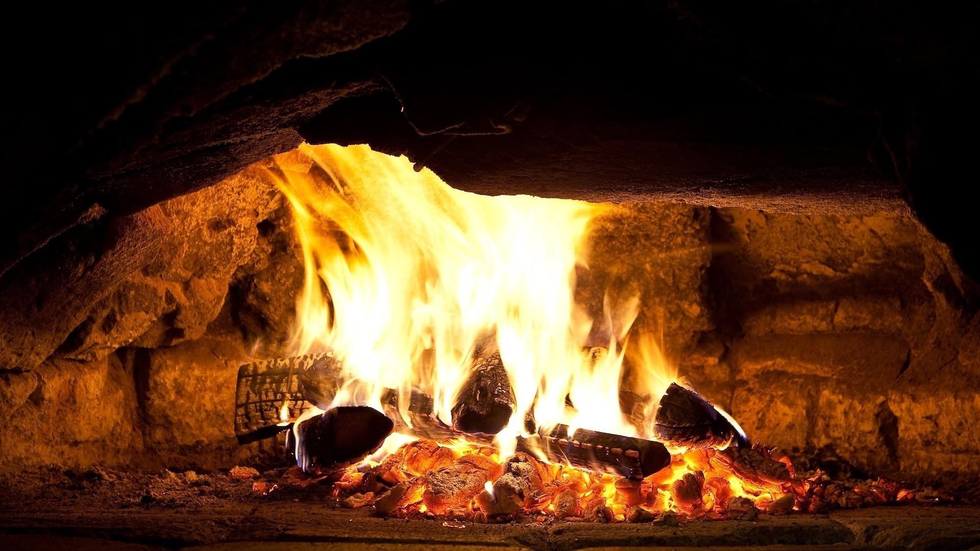 Fireplace Free Wallpaper